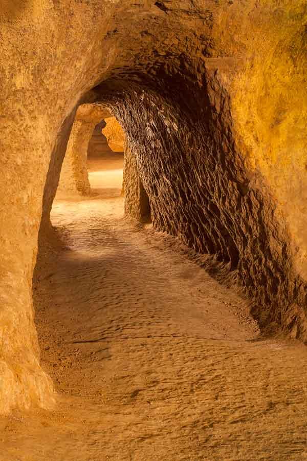 6.5--Turismo-del-vino_Bodegas-Históricas_Stock1-b